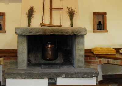 Casale fireplace 2